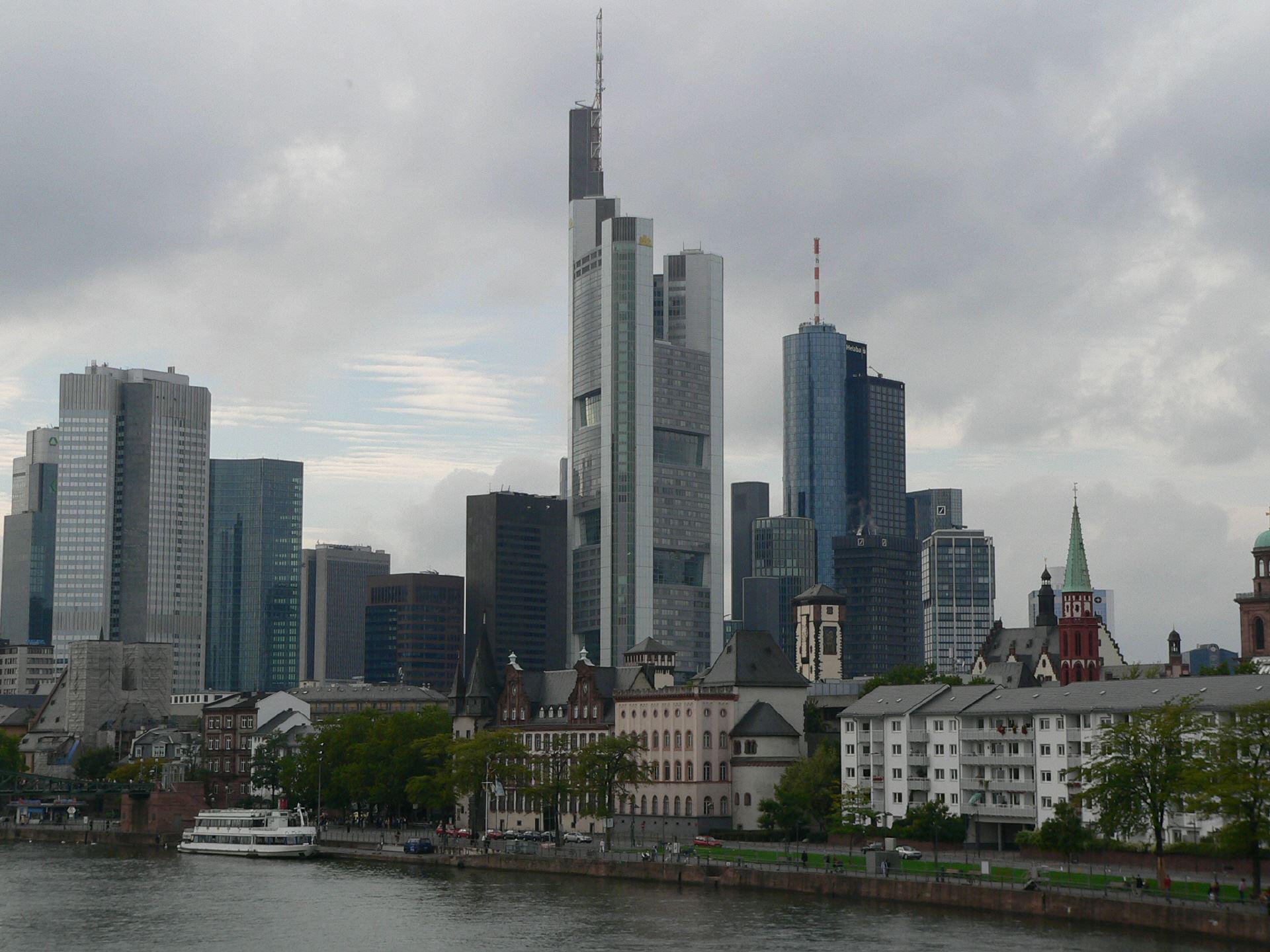 Flug Prag Frankfurt